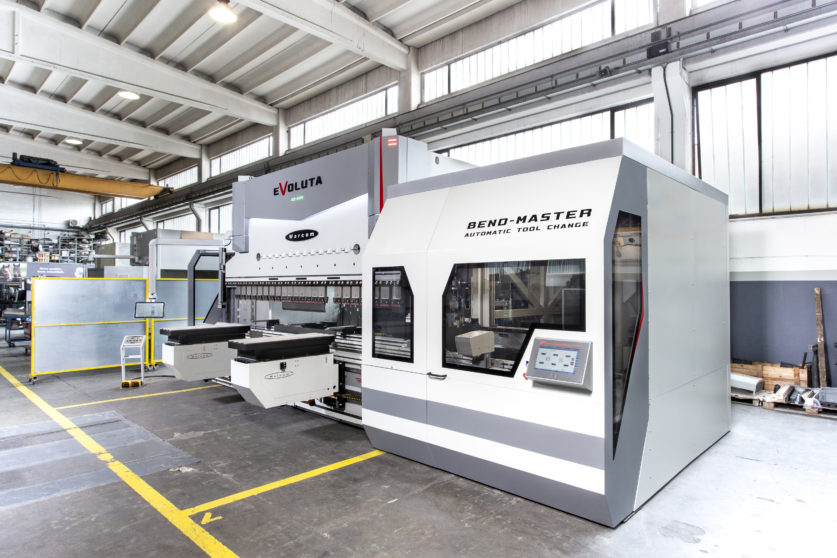 Warcom Bend-Master automatic tool changer